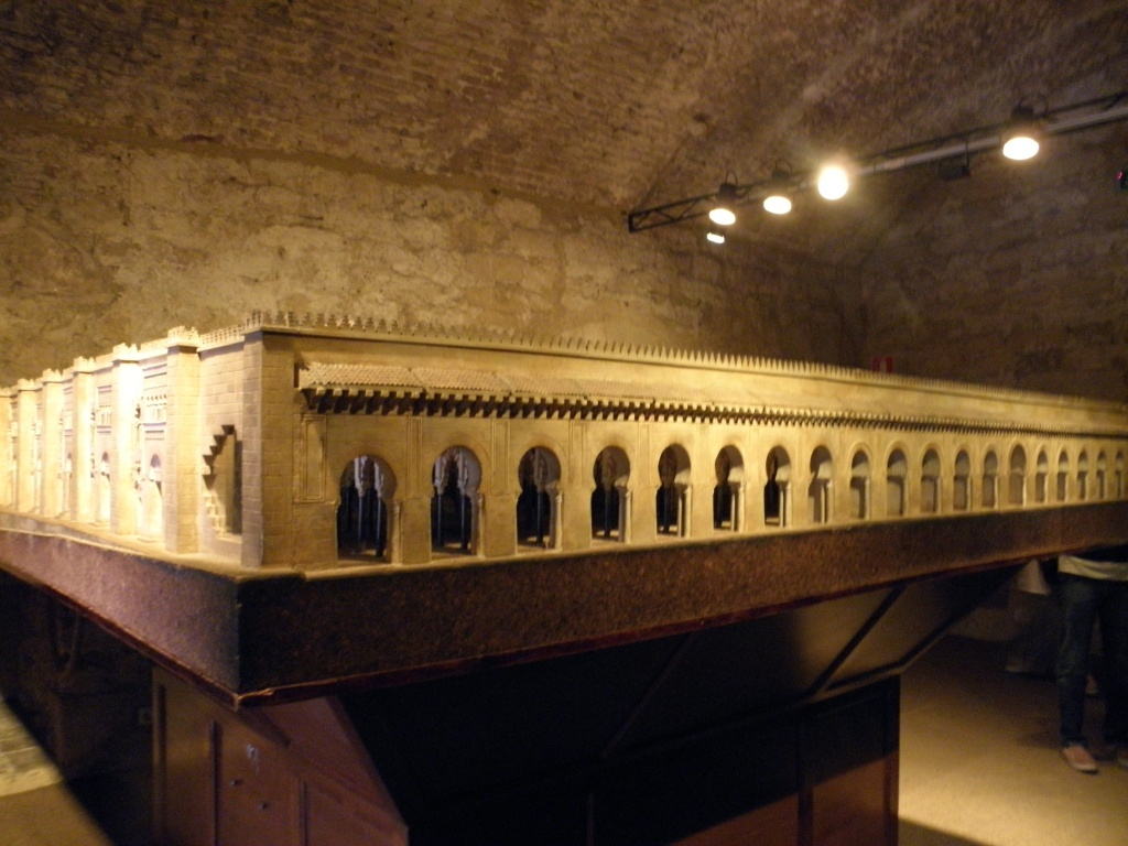 A model of the mosque before the Cathedral was built in it. In the Calahorra museum
