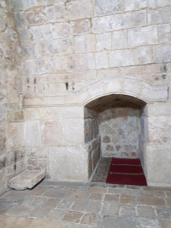 The tomb is located here, a little alcove for prayer and seclusion